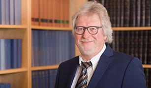 Rolf Krebiehl hilft Ihnen bei Problemen im Arbeitsrecht.